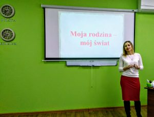 Нестандартні заняття з польської мови як засіб соціокультурного виховання студентів