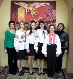 Учасники університетського літоб'єднання імені Миколи Бажана – у вінок Кобзареві