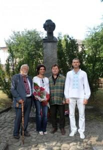 з Р.Лубківським і І.Павлюком